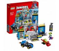 Конструктор Лего Джуниорс (Lego Juniors) Оборона Бэтпещеры
