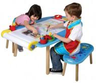 Стол для детского творчества и 2 банкетки