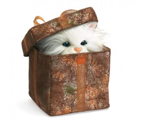 Котенок в подарочной коробке, 12х12 смМарионетки (перчаточные куклы)