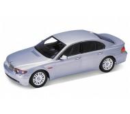 Моделька BMW 745i 1:18 Welly