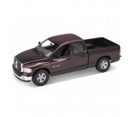 Моделька Dodge RAM 1500 1:18 welly