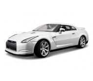 Модель машины  Nissan GT-R 1:18