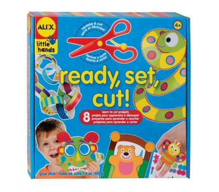 Набор Вырежи игрушкуНаборы для творчества
